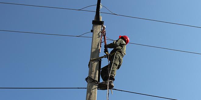 Електричар на бандери
