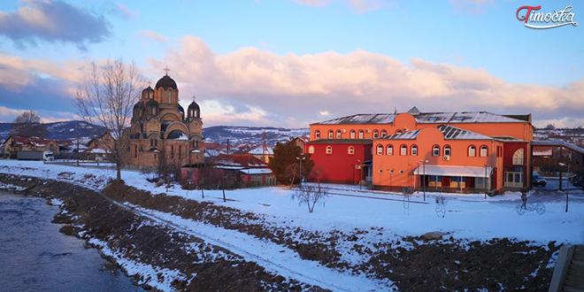Дом културе у Kотлујевцу — Снег