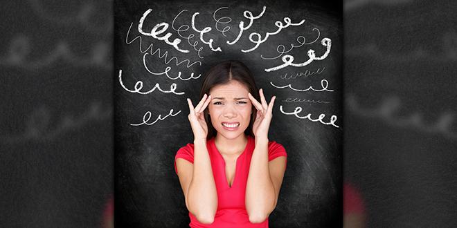 Devojka pod stresom, glavobolja