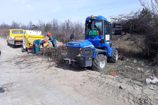 Уклоњена дивља депонија код Салаша, почела припрема сечке