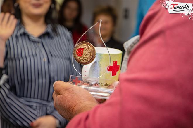 Уручивање захвалница и почетак обележавања Недеље Црвеног крста у Зајечару