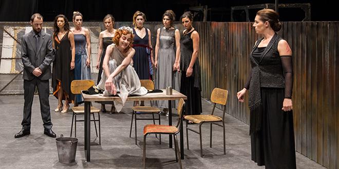 """Predstava """"Žene iz Troje"""""""