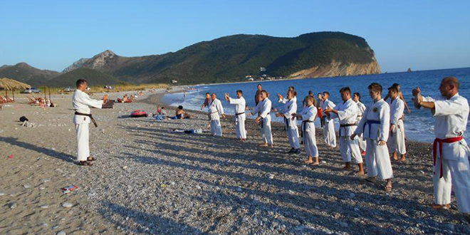 """Gradski karate klub """"Zaječar"""" — Letnji karate kamp u Crnoj Gori"""