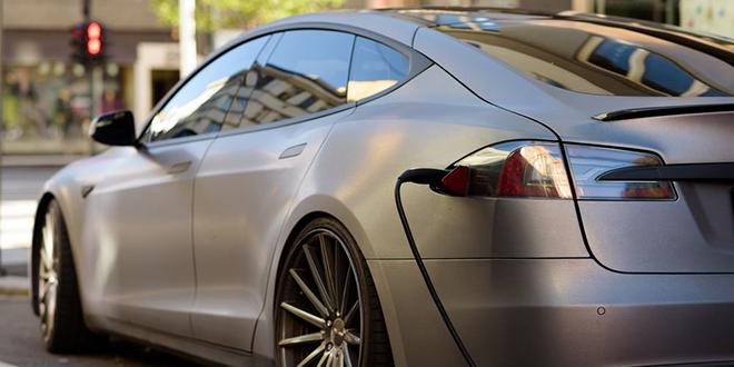 Električni automobil — Punjenje