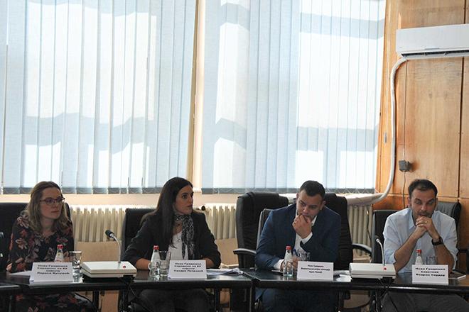 """Okrugli sto """"Mogućnosti unapređenja preduzetničke infrastrukture"""" u Boru"""