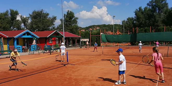 "Тениски клуб ""АС Тимок"" — Школа тениса"