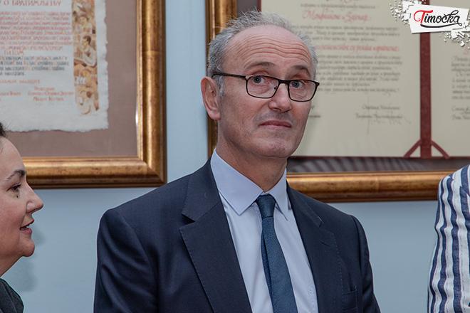 Žan Luj Falkoni — ambasador Francuske u Srbiji