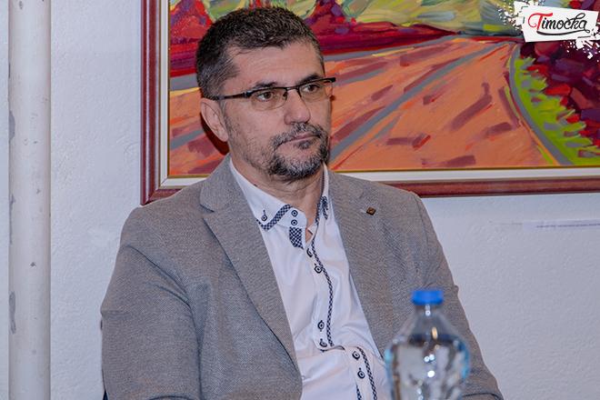 """dr Dejan Vukićević — autor knjige """"Cenzura u bibliotekarstvu i izdavaštvu"""""""