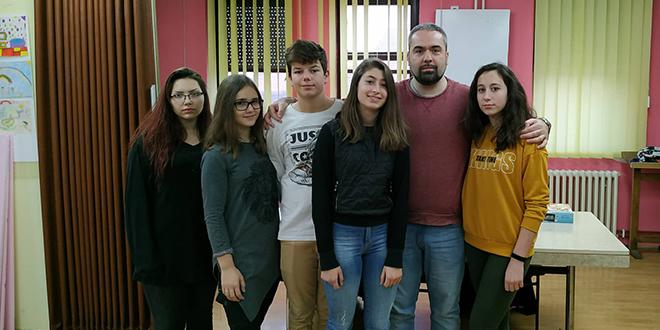 """Gimnazija Zaječar — Radionice u okviru projekta """"Naučni paparaco"""""""
