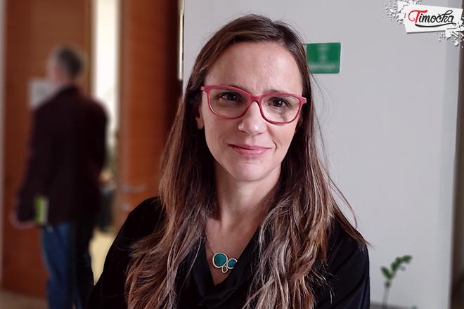 """Мила Маринковић — презентер пројекта """"Подршка учествовању у ЕУ програмима"""""""