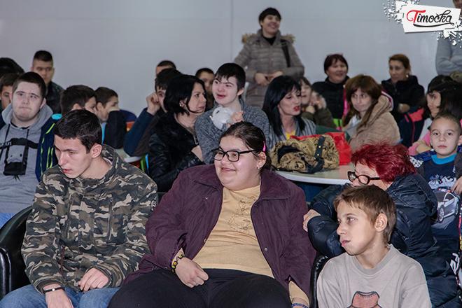 """ŠOSO """"Jelena Majstorović"""" Zaječar — Dodela novogodišnjih paketića"""