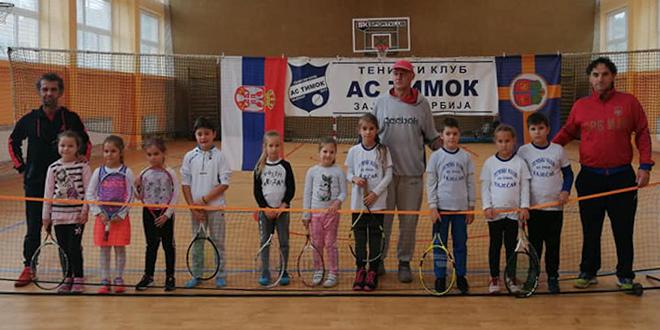 "Teniski turnir ""Otvoreno prvenstvo Zaječara AS Timok"" za devojčice i dečake do osam godina"