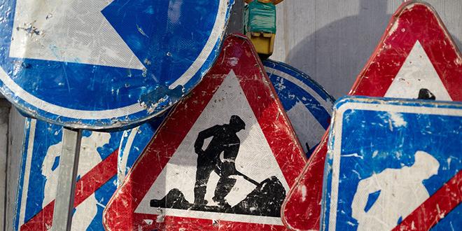 Drumski radovi, saobraćajni znaci