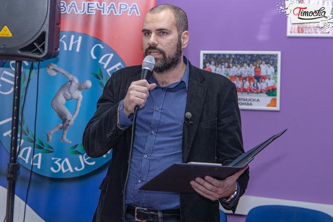 """Nikola Pavlović — urednik i novinar """"Glasa Sporta"""""""