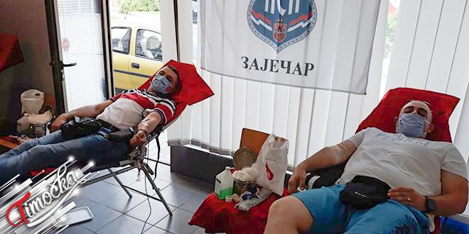 """Crveni krst Zaječar: """"Vidovdanska"""" akcija dobrovoljnog davanja krvi"""