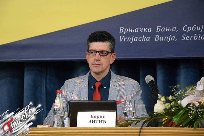 Prof. dr Boris Antić — stručnjak za bezbednost saobraćaja