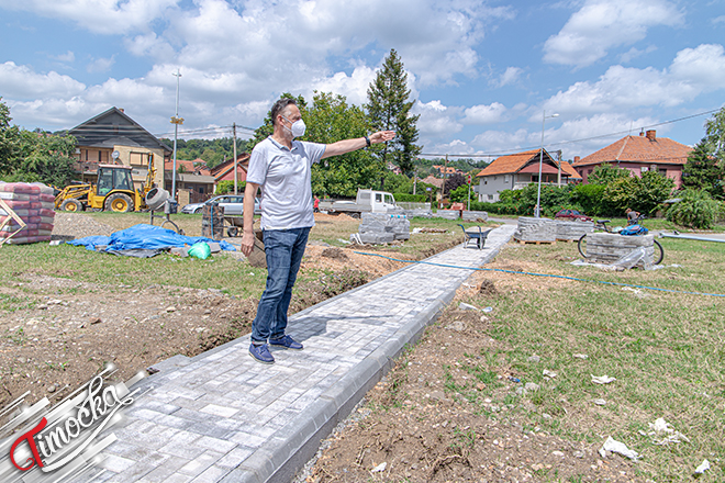 """Gradonačelnik Zaječara Boško Ničić: Obilazak radova na """"ostrvu"""" na Popovoj plaži"""