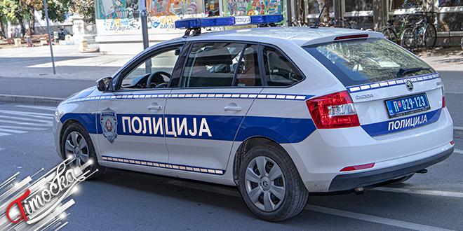 Полиција, полицијски аутомобил