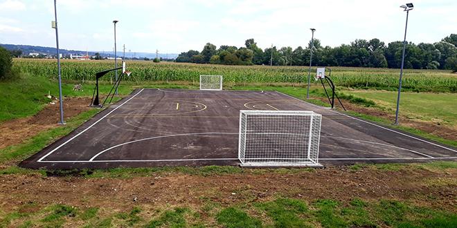 Završeni radovi na adaptaciji otvorenog sportskog terena u Zvezdanu