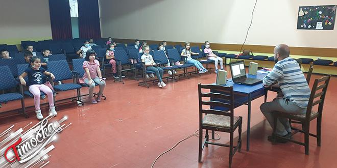 """Удружење """"Сигурне стазе"""" Бор: Пројекат """"Безбедност деце у саобраћају на територији града Бора"""""""