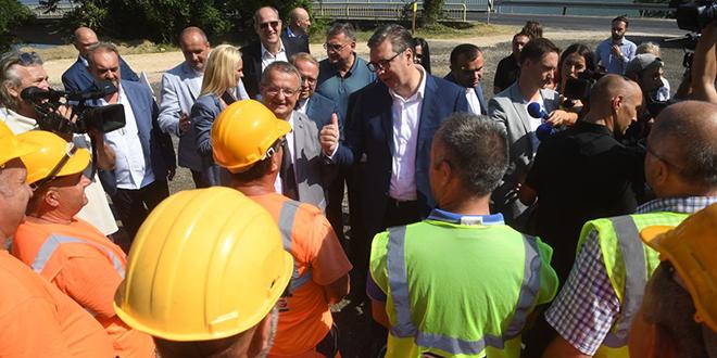 Predsednik Aleksandar Vučić u poseti Kladovu